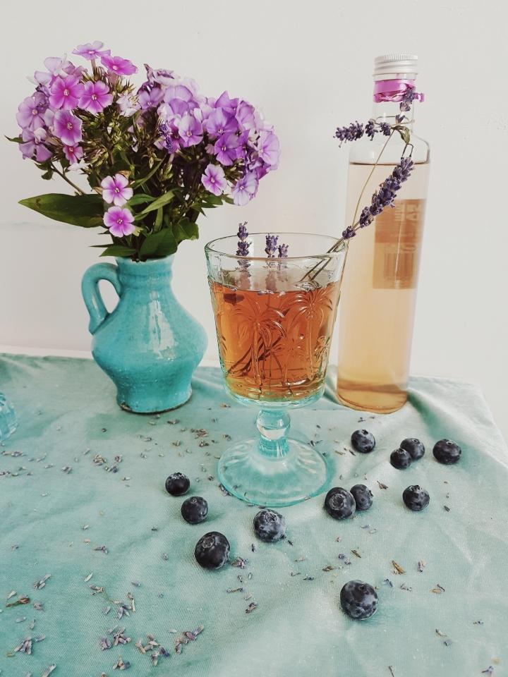 Französische Lavendel Limonade